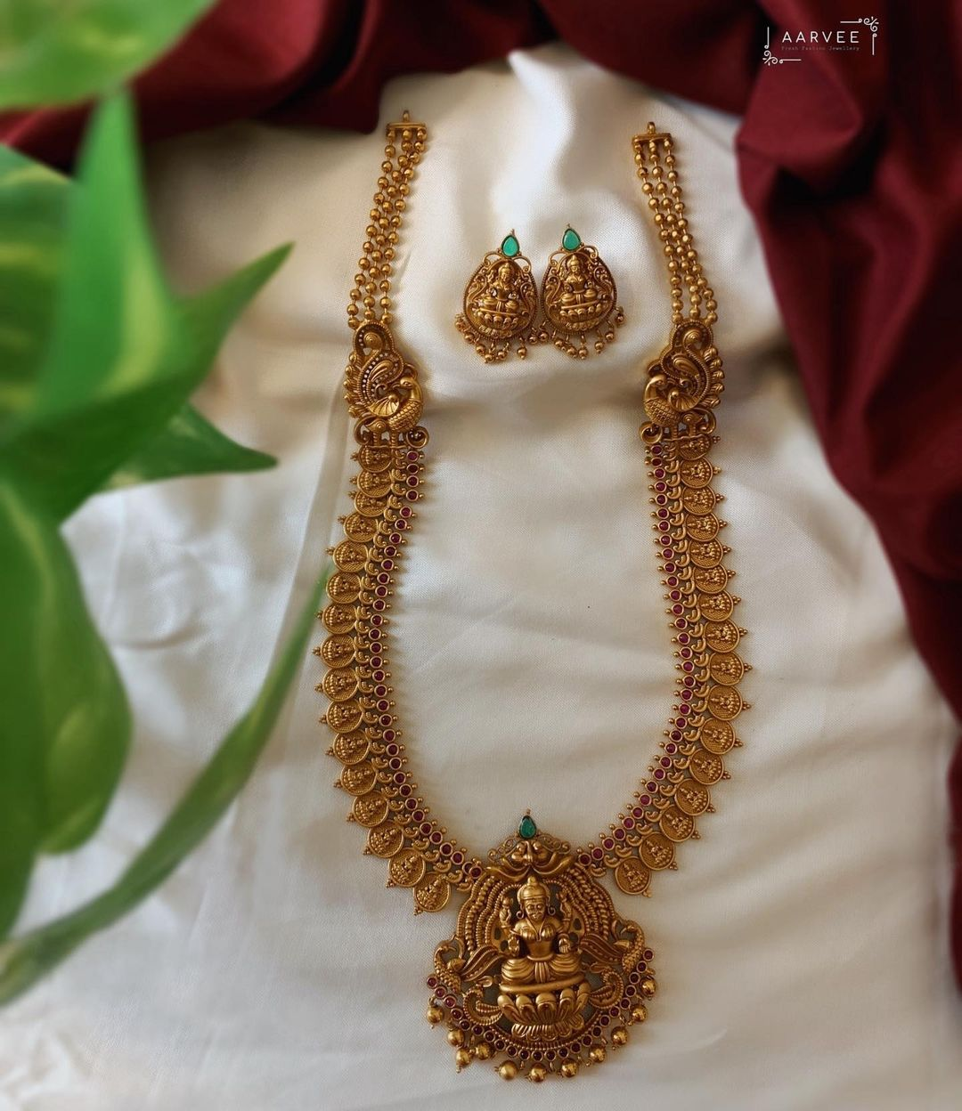 long-lakshmi-necklace-set