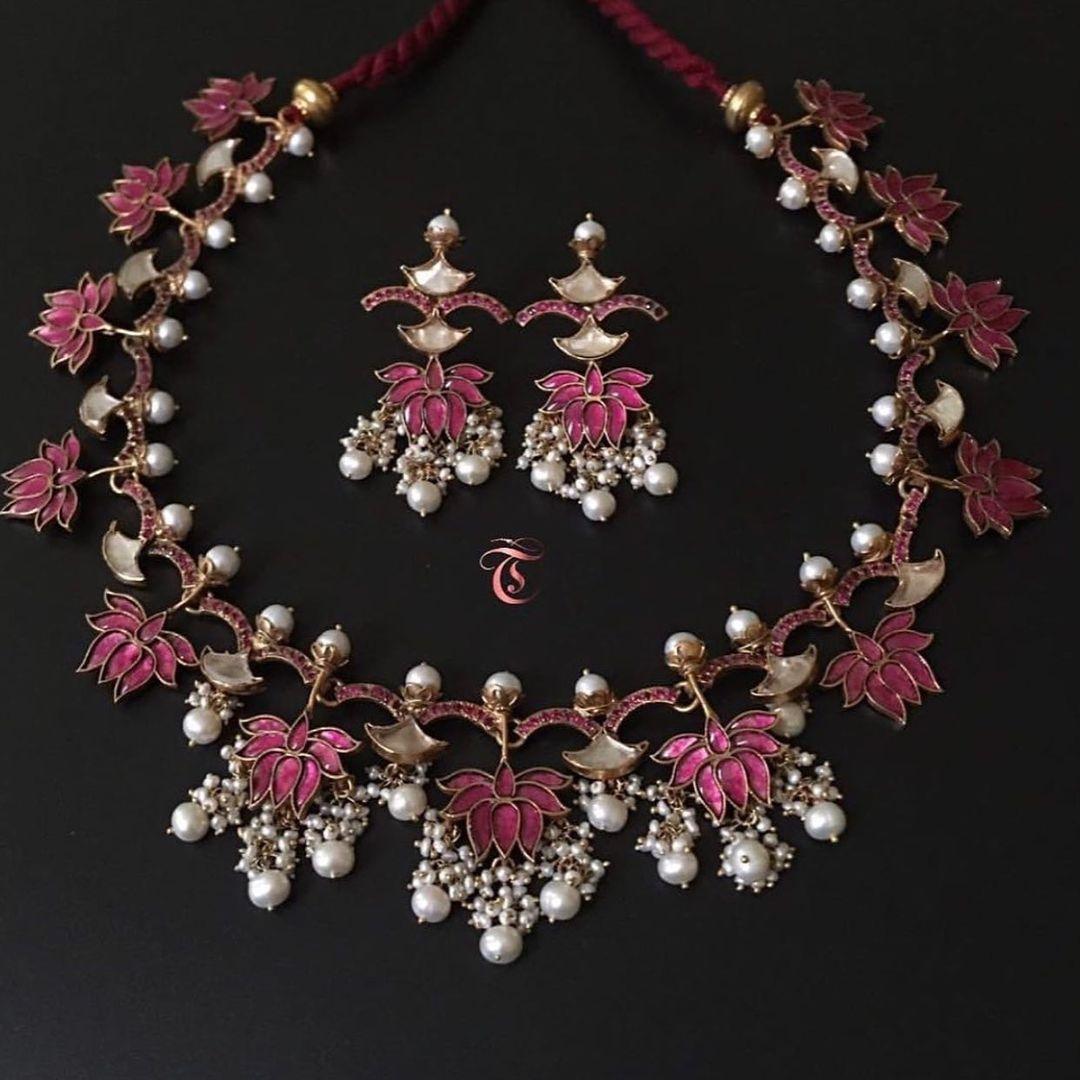 lotus-design-silver-guttapusalu-necklace-set