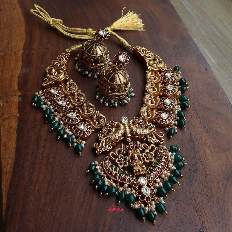 peacock-paisley-emerald-matte-statement-set