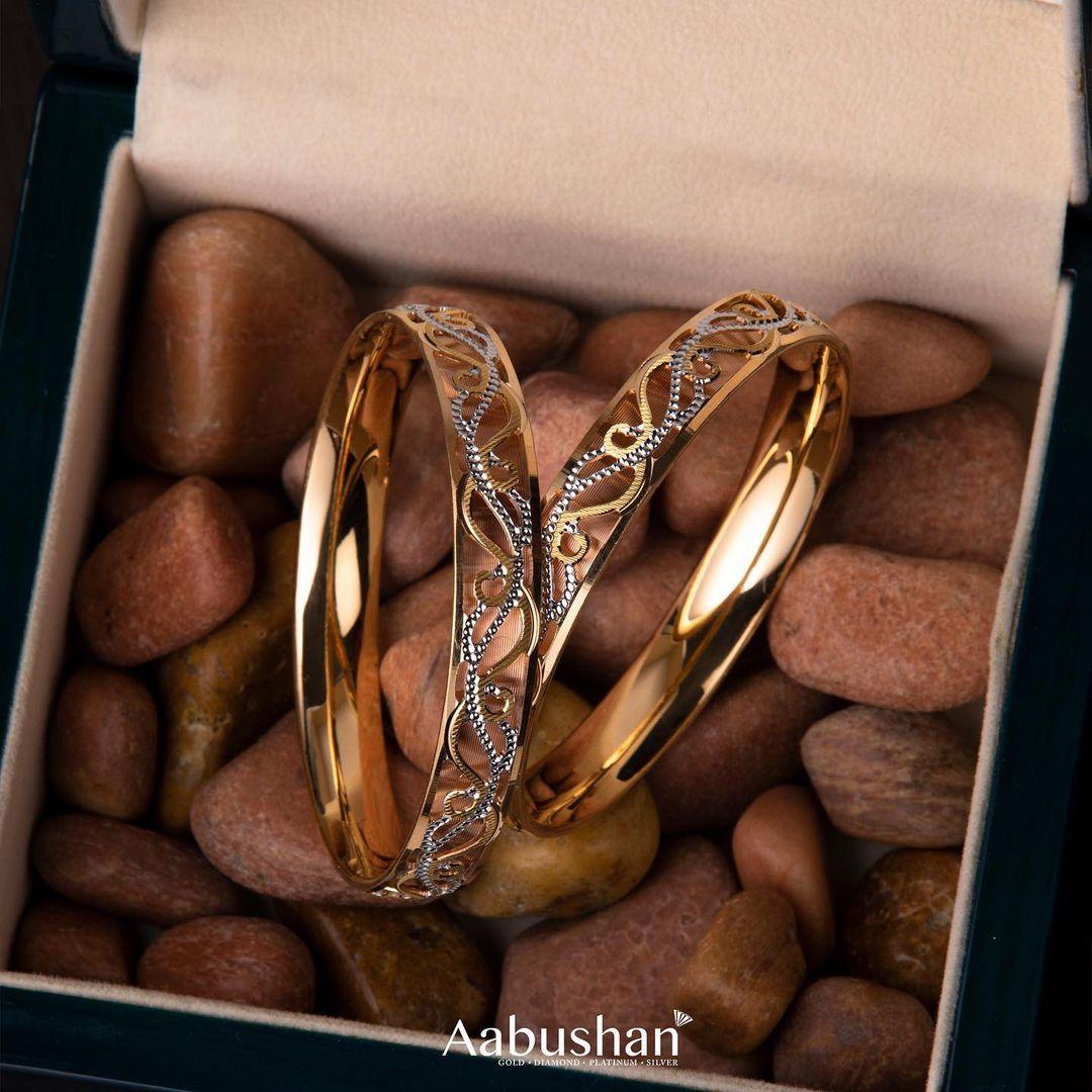 pure-gold-stone-studded-bracelet