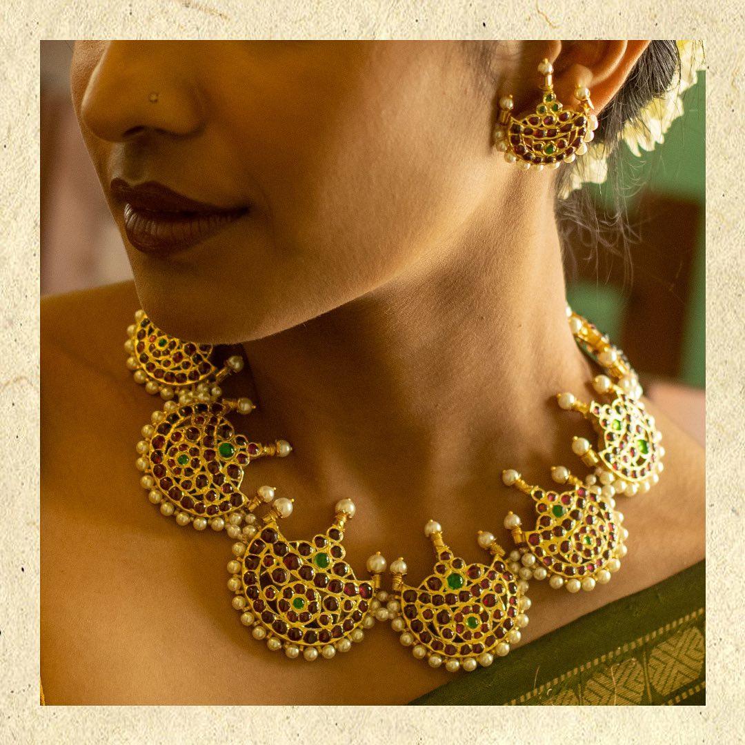 temple-necklace-set