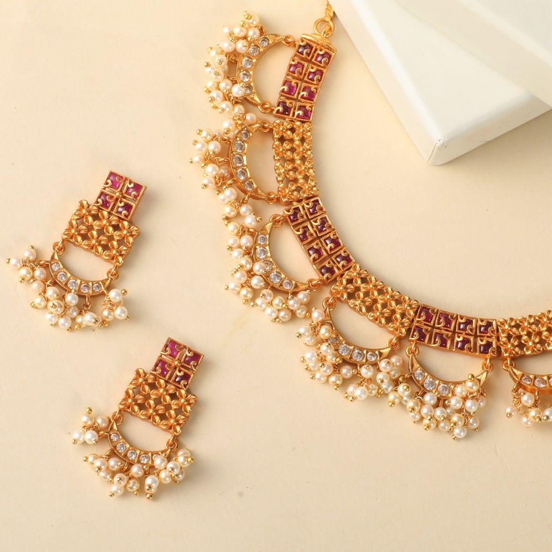 unique-traditional-necklace-set