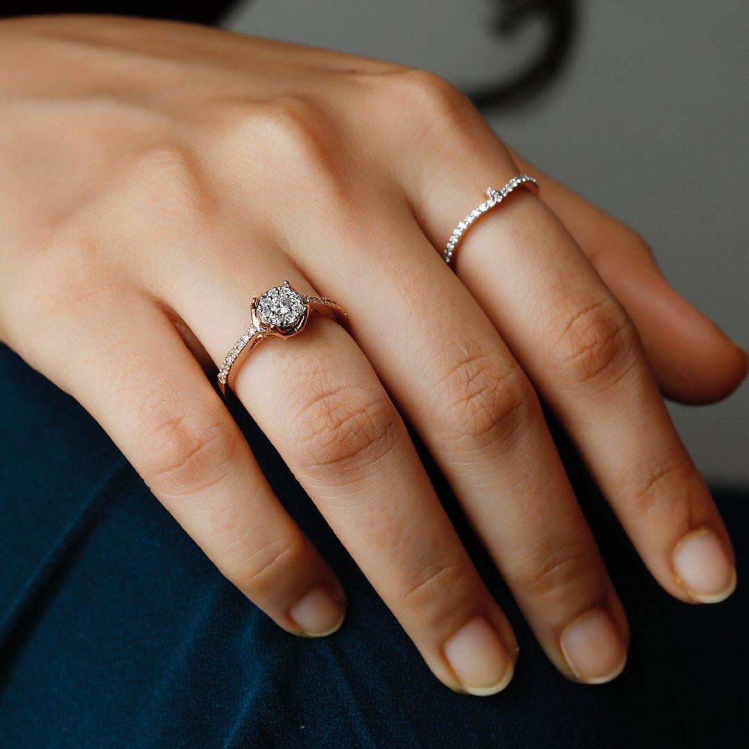 women-diamond-ring-set