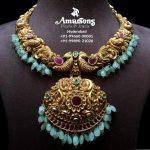 Emerald Embedded Gold Nakshi Necklace