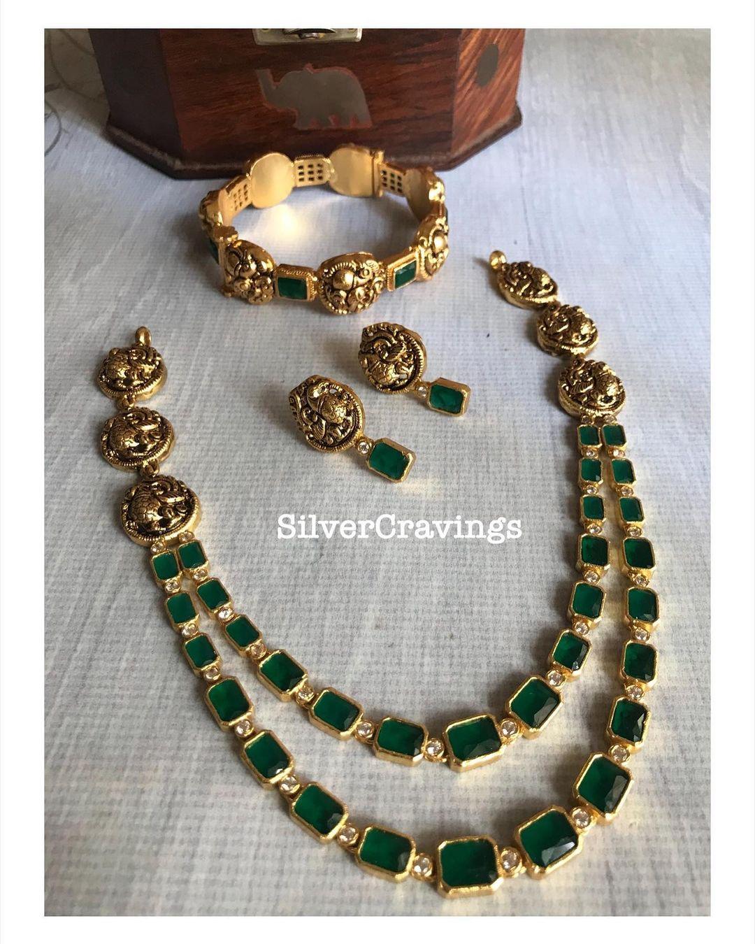 emerald-peacock-nakashi-necklace-combo-set