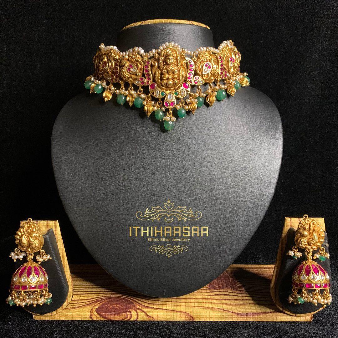 gold-plated-antique-kundan-choker-jhumka