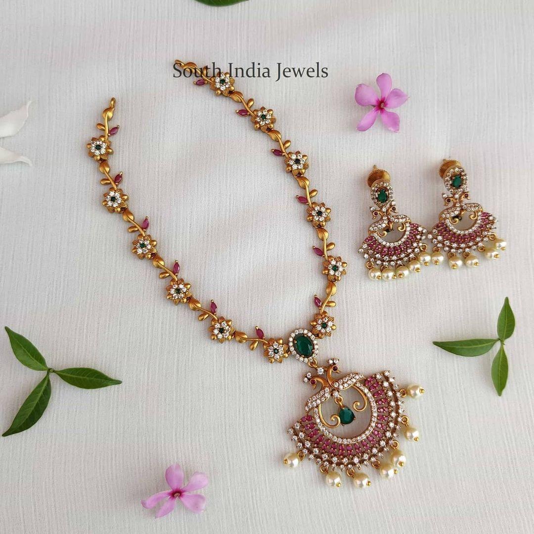 delicate-stylish-stone-studded-necklace