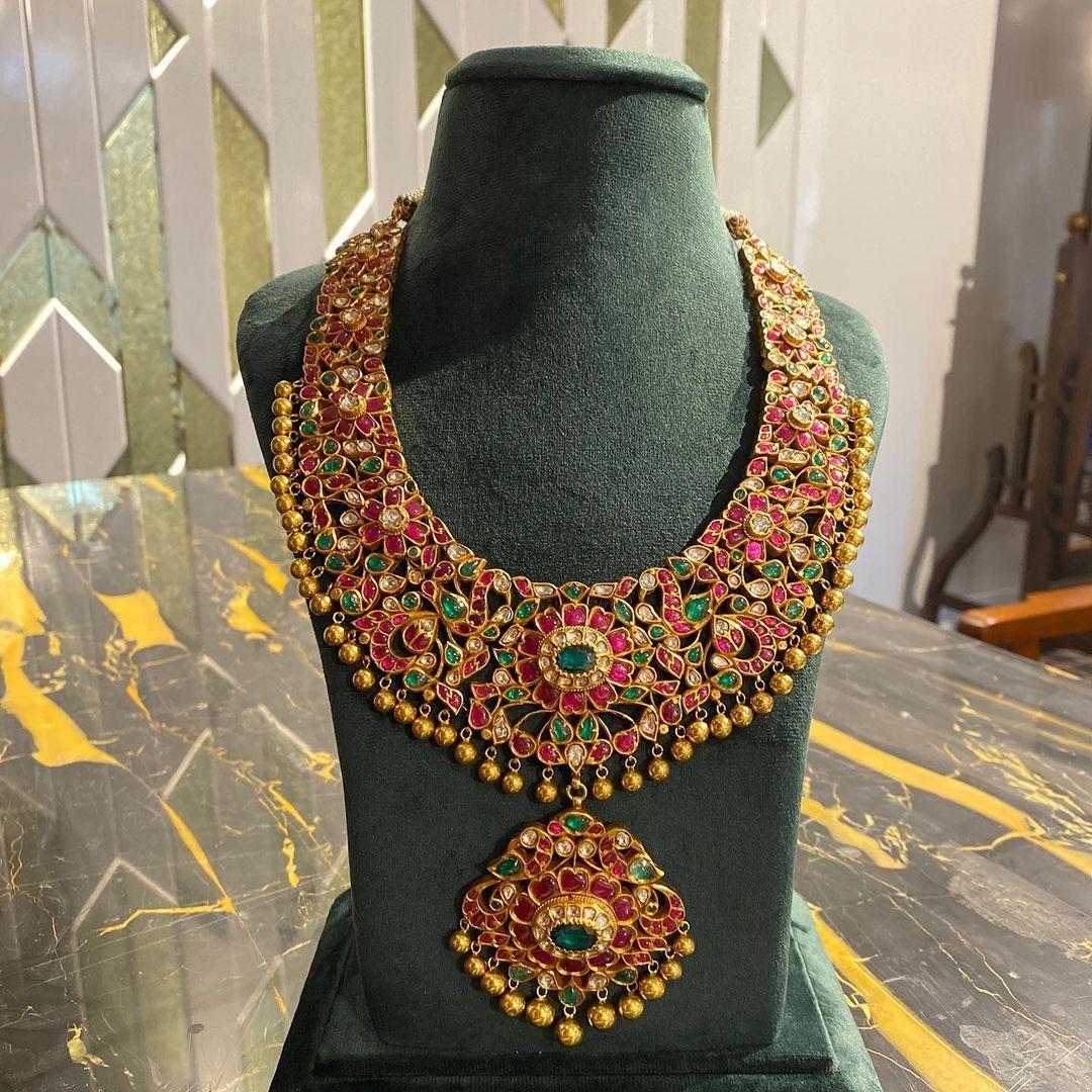 kemp-statement-necklace