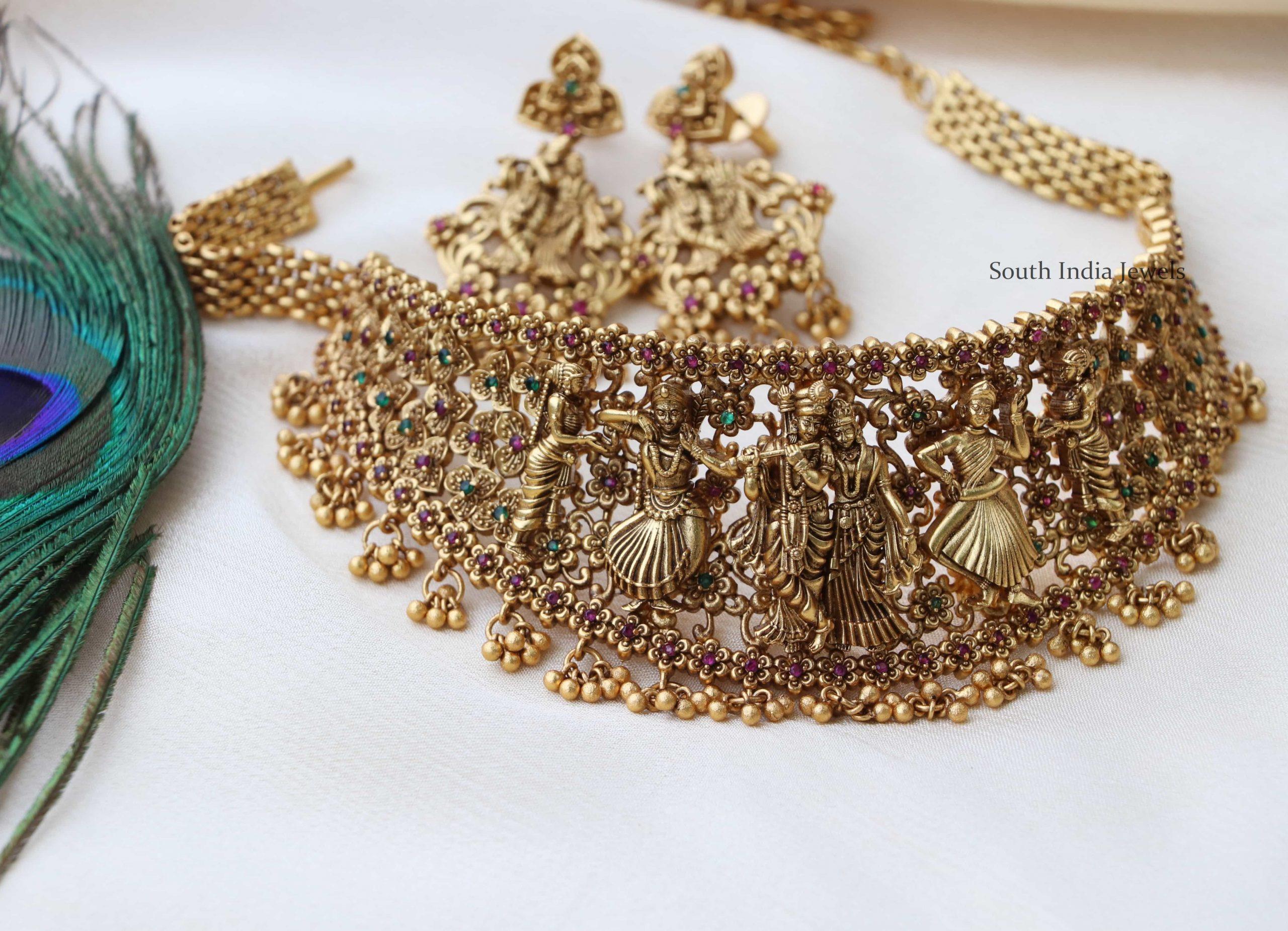 Traditional-Radhe-Krishna-Gold-Finish-Choker-01-scaled