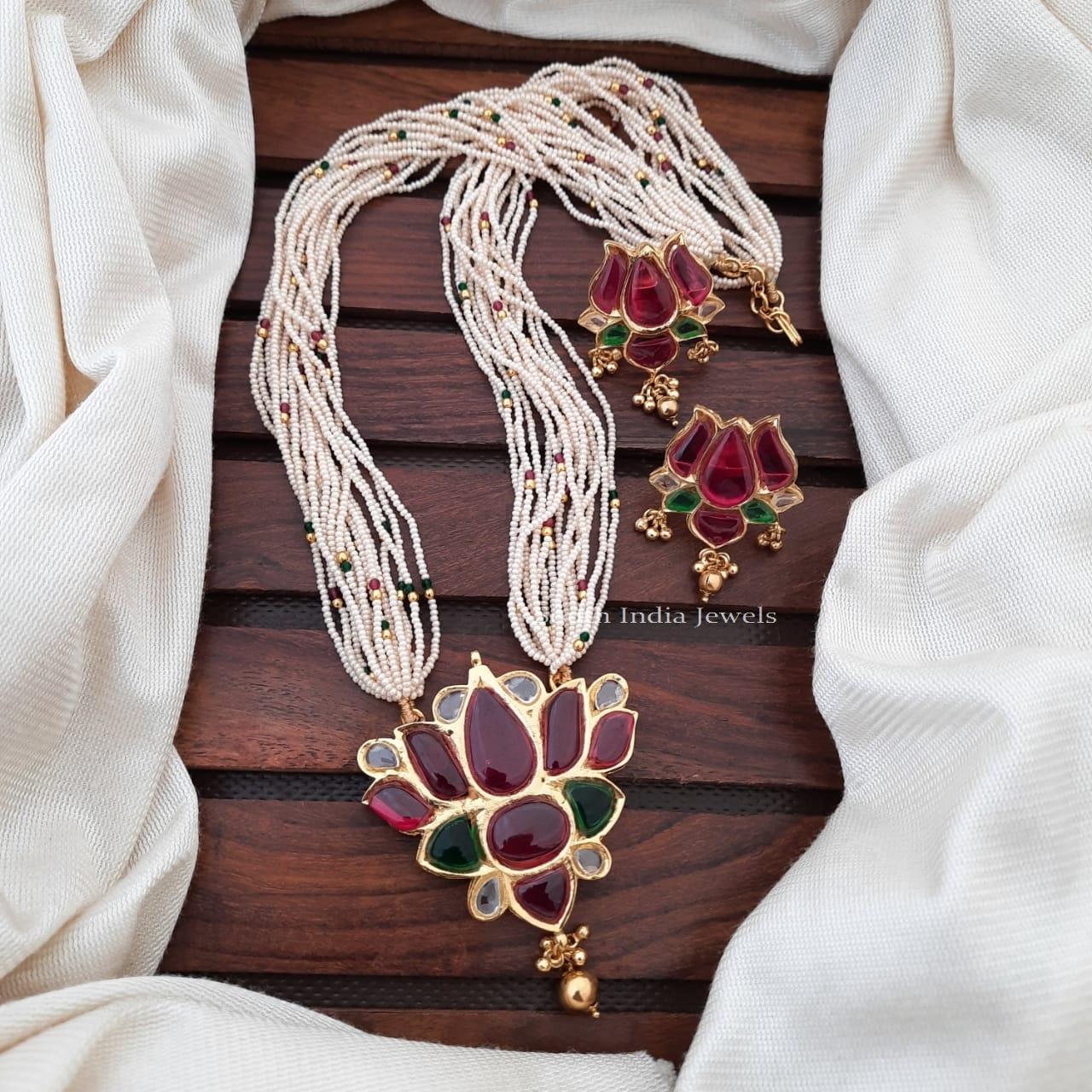 Beautiful-Lotus-Pendant-Beads-Necklace