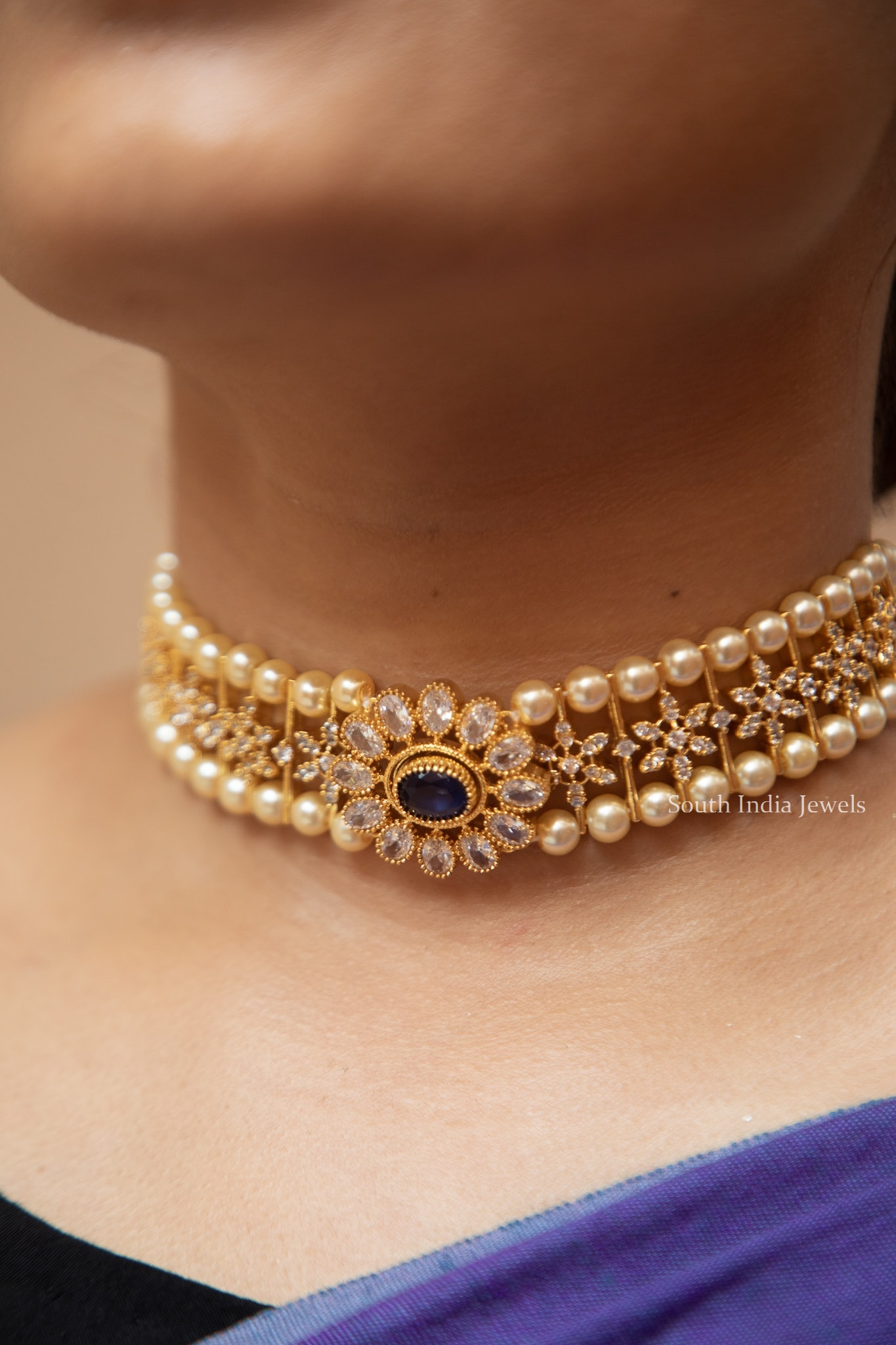 elegant-ad-stone-pearl-choker-set