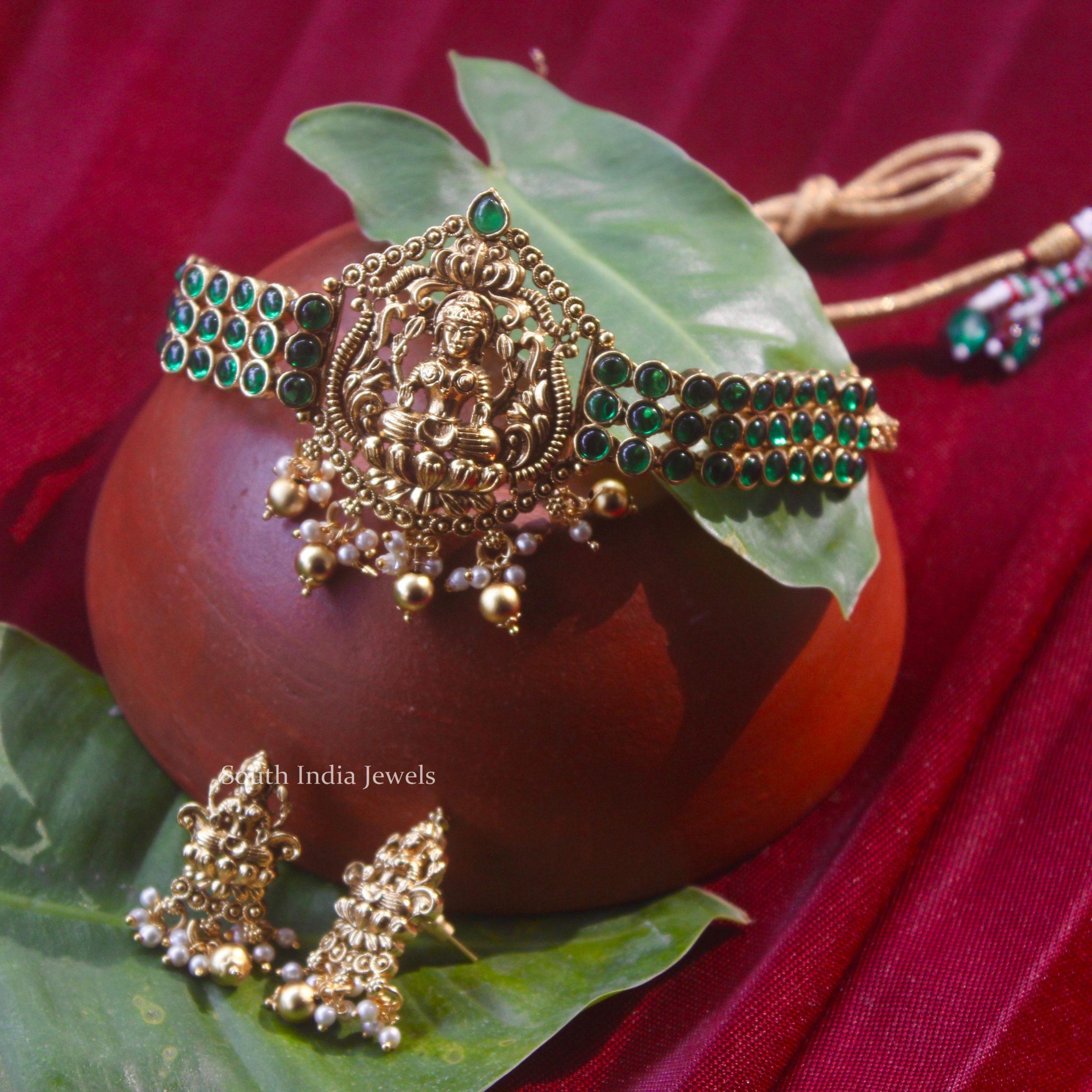 Stunning-Lakshmi-Temple-Design-Choker