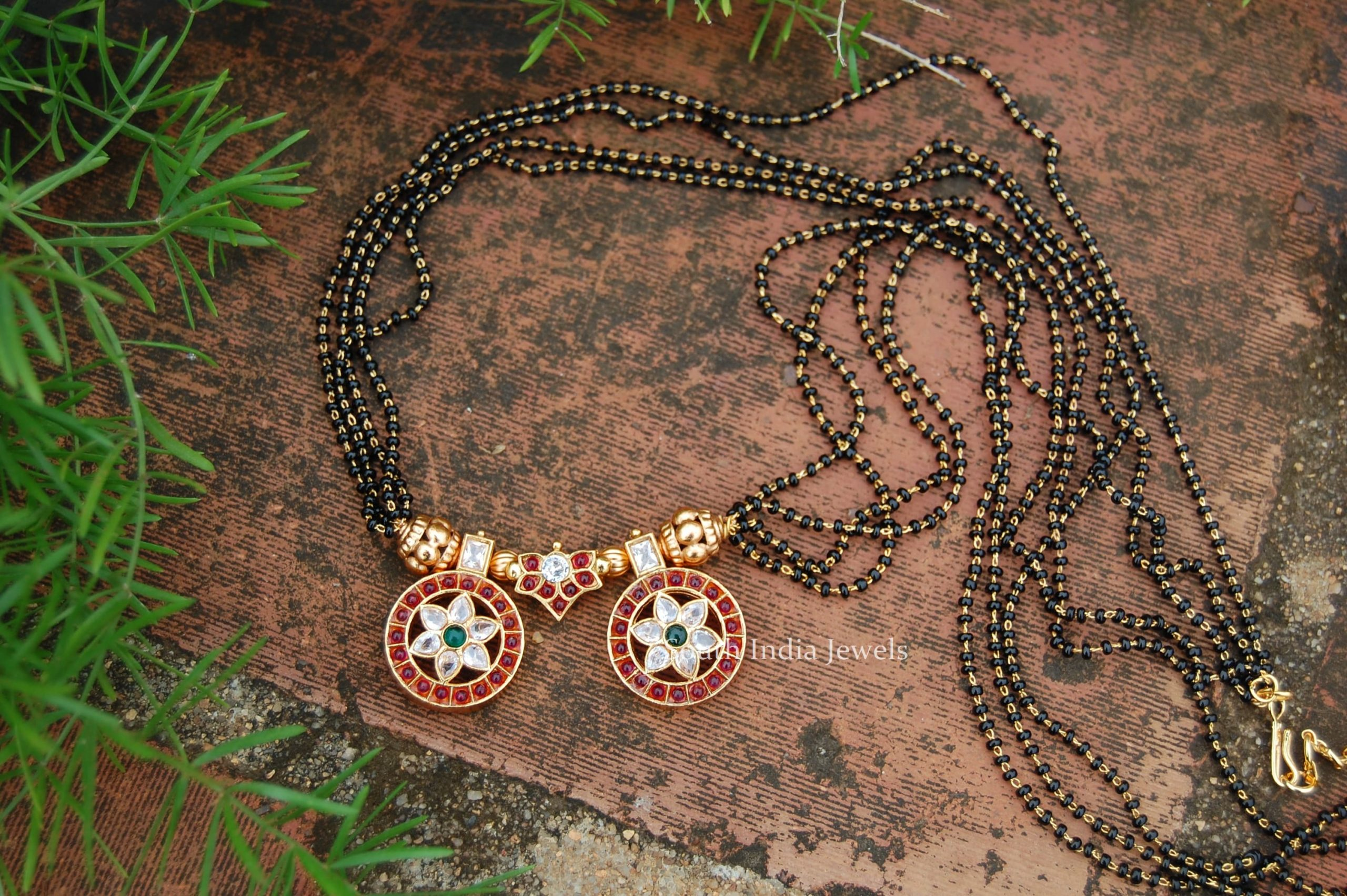 trendy-black-beads-mangalsutra