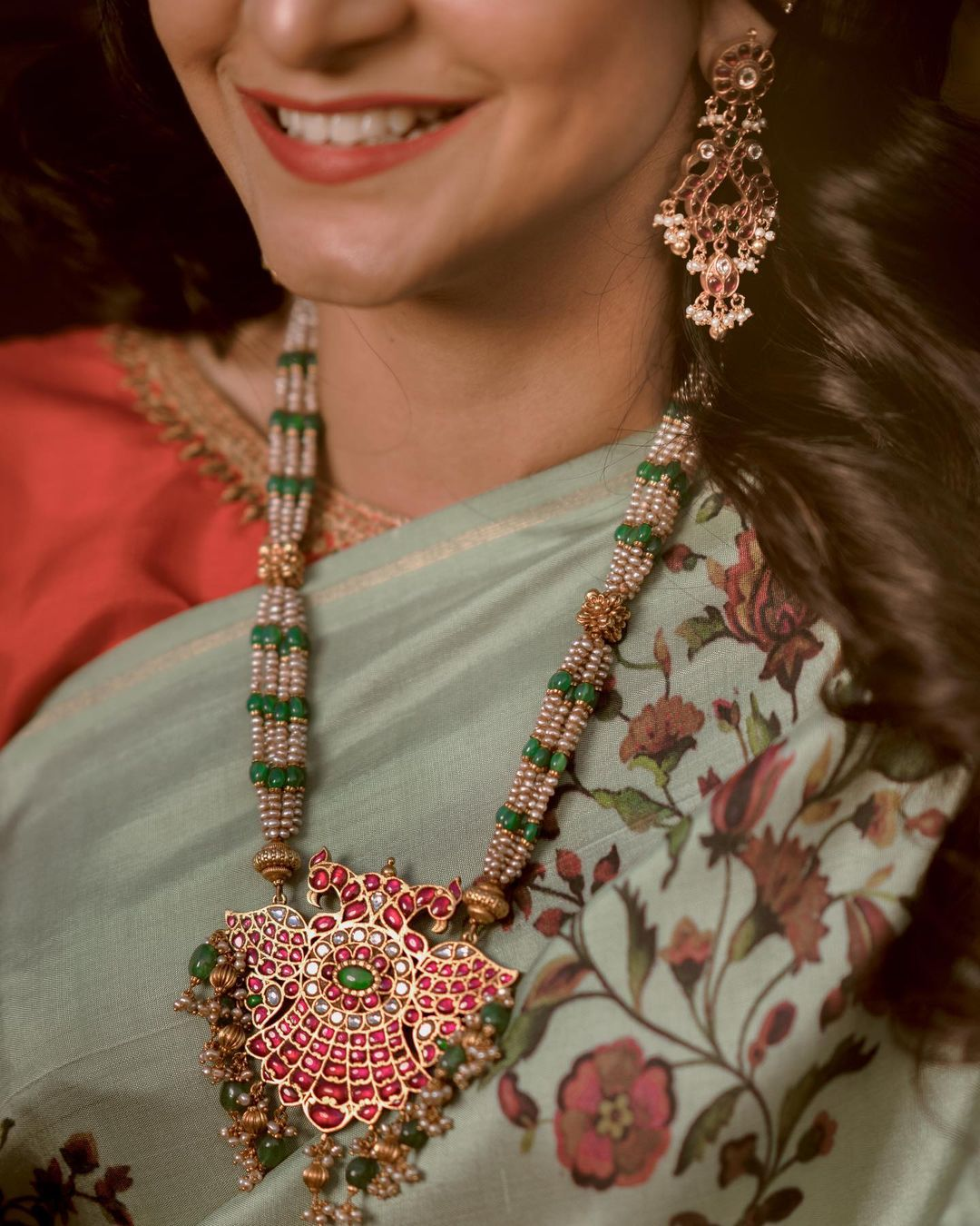 Gold plated Antique Kundan Haram